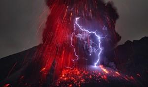 martin-rietze-lightning-volcano-4